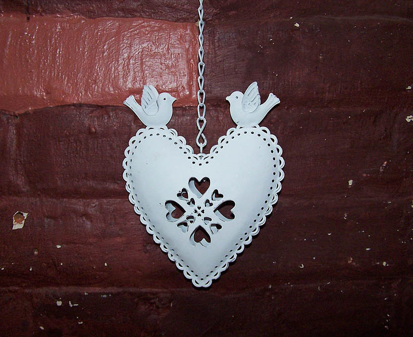 Hanging Tin Heart with 2 Birds -